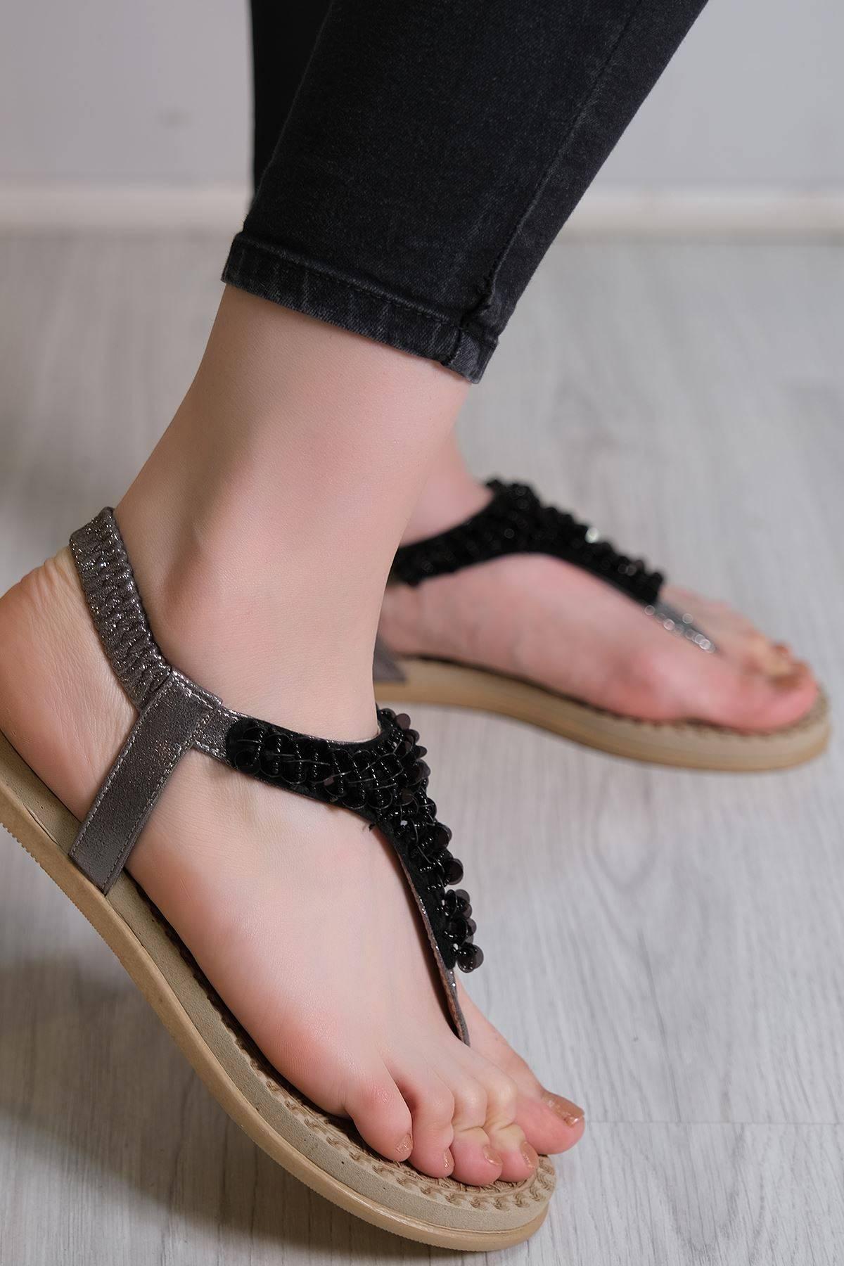 Pul Detaylı Sandalet Platin - 6109.264.