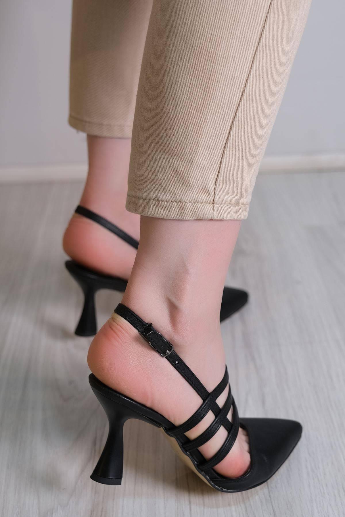 7 Cm Topuklu Ayakkabı Siyah - 6115.264.