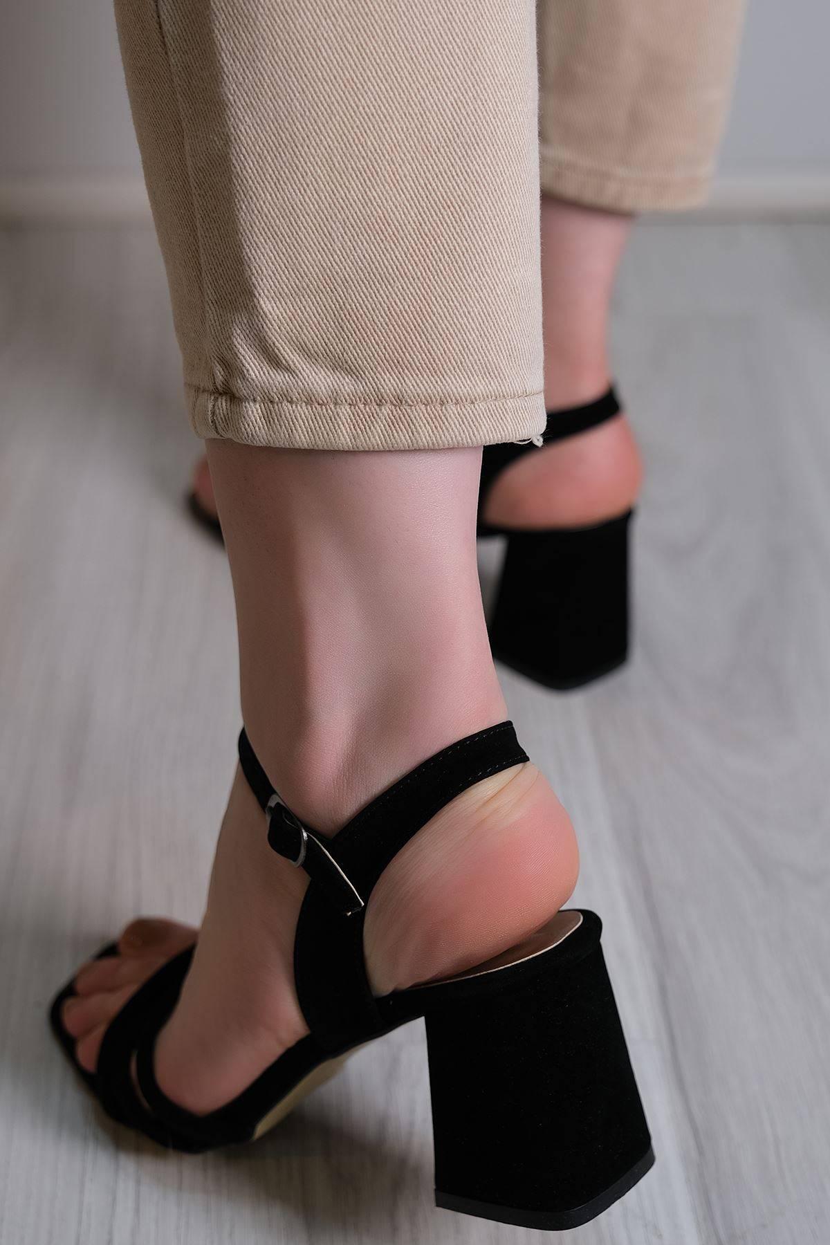 5 Cm Topuklu Ayakkabı Süetsiyah - 6120.264.